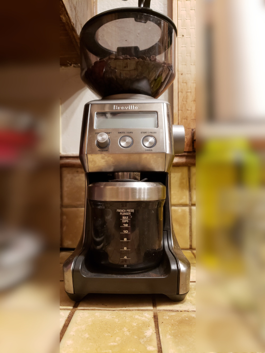 In this angle, the Breville burr coffee grinder looks rather like the robot from the old Lost in Space TV show.